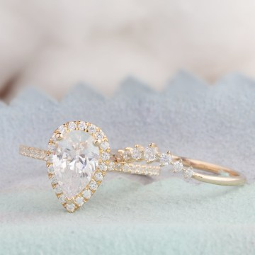 Stunning Etsy Engagement Rings for a Holiday Proposal – Affordable Art Deco Halo Moissanite Engagement Ring