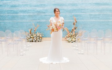 Blanton Museum's Blue Ombre Walls Make The Perfect Art Gallery Wedding