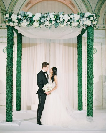 Gorgeous Green and Pink Chicago Ballroom Wedding – Clary Pfeiffer Photography – LOLA Event Productions 26