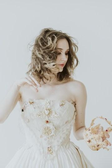 White and Taupe Minimalistic Wedding Inspiration – Vanessa Illi 47