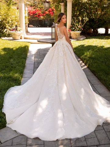 10 Gorgeous Ball Gown Wedding Dresses – Moonlight Bridal – H1425-B