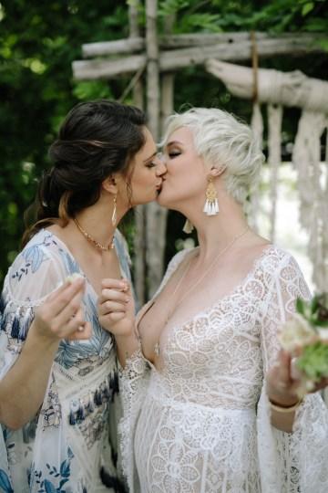 Dreamcatcher Bohemian Wedding Inspiration – Gissell Weddings – Corey Fox Photography – Rue de Seine Bridal 34