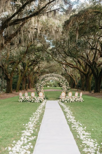 Magical Intimate Southern Wedding Under The Oak Trees – Pure Luxe Bride – Lydia Ruth Photography 30