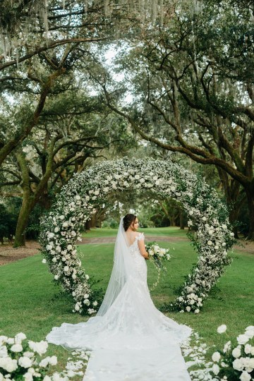 Magical Intimate Southern Wedding Under The Oak Trees – Pure Luxe Bride – Lydia Ruth Photography 42