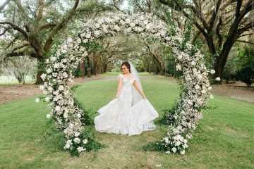 Magical Intimate Southern Wedding Under The Oak Trees – Pure Luxe Bride – Lydia Ruth Photography 6