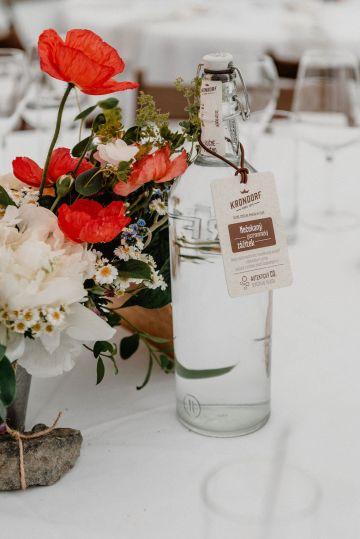Pretty Meadow Wedding in the Czech Republic – Carols Darkroom 12