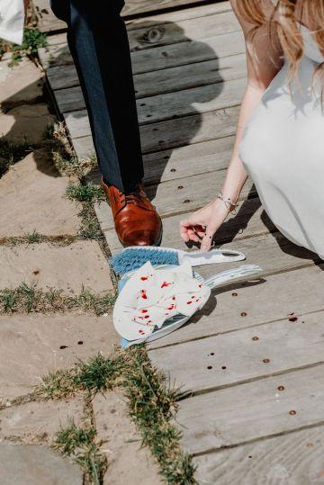 Pretty Meadow Wedding in the Czech Republic – Carols Darkroom 26