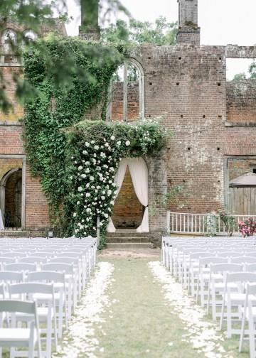 Blue Wedding at Barnsley Gardens Ruins in Georgia – Shauna Veasey 15