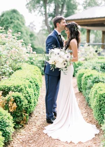 Blue Wedding at Barnsley Gardens Ruins in Georgia – Shauna Veasey 21