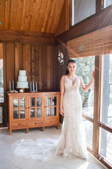 Maggie Sottero Pacific Northwest Beach Wedding Inspiration – Claire Eliza – Bridal Musings 38