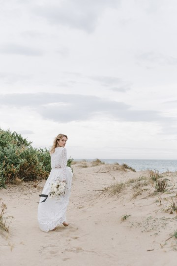 Couture Wedding Inspiration from the Beaches of Apulia – Le Velo Fotografia 16