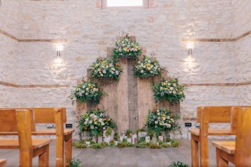 Rustic UK Barn Wedding Inspiration – Elsie Love Photography – Kimberley Rose Designs 49