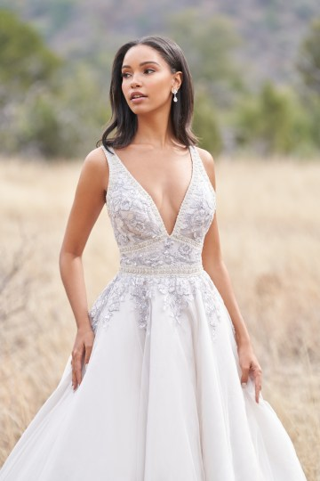Wedding Postponement Guide – Gorgeous Allure Bridals Wedding Dresses for Your Bridal Photoshoot – 9750-AD1