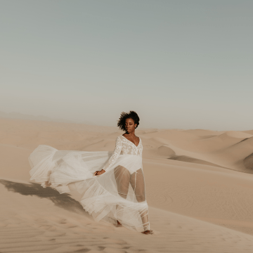 Desert Sand Dune Wedding Inspiration with Natural Hair Ideas for Black Brides – Tor Hawley – The LAW Bridal 3