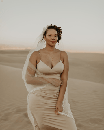 Desert Sand Dune Wedding Inspiration with Natural Hair Ideas for Black Brides – Tor Hawley – The LAW Bridal 34