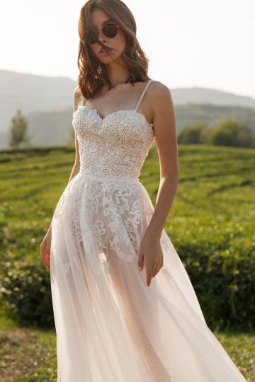 Feminine Simple Minimalistic Wedding Dresses by Mila Bridal 2020 2021 – Bridal Musings 16