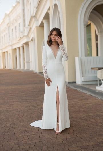 Feminine Simple Minimalistic Wedding Dresses by Mila Bridal 2020 2021 – Bridal Musings 39