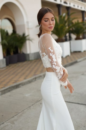 Feminine Simple Minimalistic Wedding Dresses by Mila Bridal 2020 2021 – Bridal Musings 51