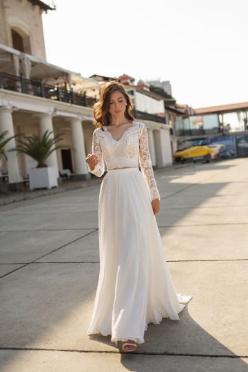 Feminine Simple Minimalistic Wedding Dresses by Mila Bridal 2020 2021 – Bridal Musings 56