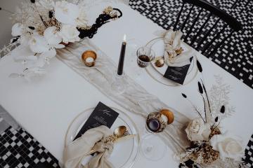 Stylish Berlin Elopement Inspiration – Anastasia Conze Weddings and Events – Adela Dupetit von O Dear 4