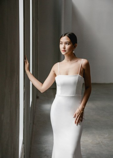 Modern Minimalist 2021 Wedding Dresses by Aesling Bride – Gossamer Dress 2