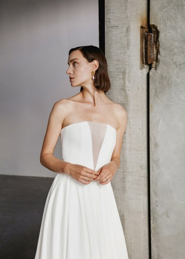 Modern Minimalist 2021 Wedding Dresses by Aesling Bride – Sonder Dress 2