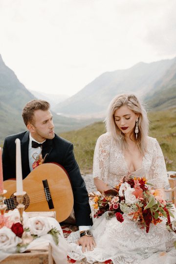 Stunning Scotland Highlands Elopement Inspiration – Alia PAIENDA – E and W Couture 19