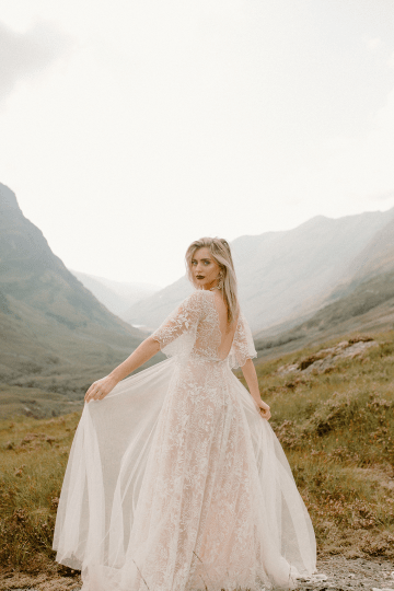 Stunning Scotland Highlands Elopement Inspiration – Alia PAIENDA – E and W Couture 24