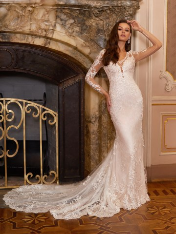 How to Plan A Luxurious Wedding At Home – Moonlight Bridal – Bridal Musings – J6828_A