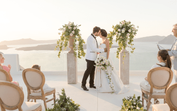 Santorini Is The Perfect Micro Wedding Destination