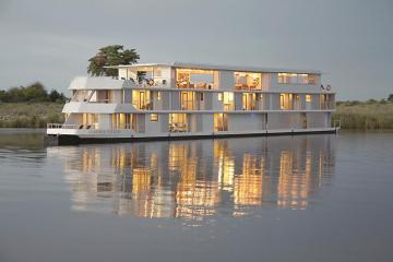 Zambezi Queen in Botswana and Namibia – The Best Wedding Destinations and Venues in Africa – Exalt Africa – Love From Mwai – Bridal Musings 2