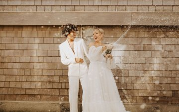 Pro Tips To Keep Things Flowing On Your Wedding Day