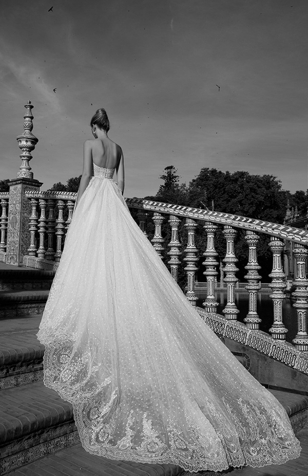alon-lovne-white-2017-collection-bridal-fashion-inspiration-022