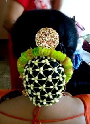 floral-buns_-brides-essential_20