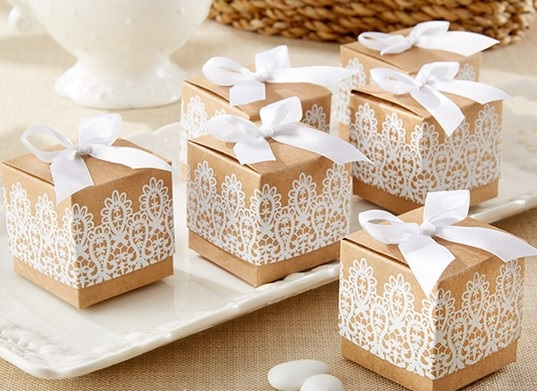 Favors And Gifts Your Wedding Party Will Lovebrides On A Mission