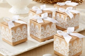 Favors And Gifts Your Wedding Party Will Love