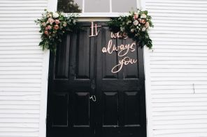 Countdown to Your Wedding: A Timeline of What to Do When by Flgroe Studios