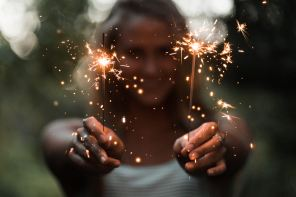 3 Tips For Coordinating A Send Off Using Sparklers