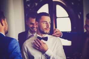 5 Tips For A Bride To Pick The Best In Men's Chains For Her Groom