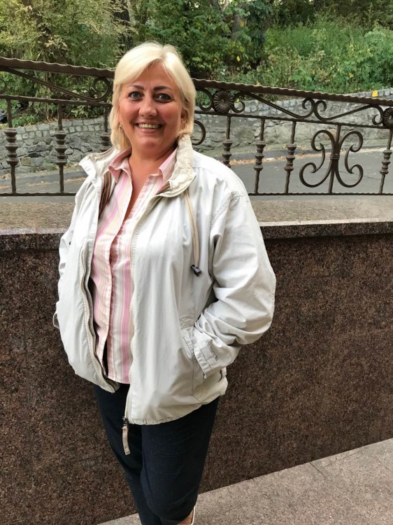 Olenka dating a russian woman