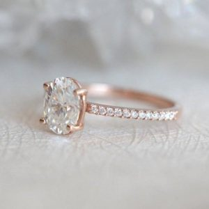 8X6 MM Oval Cut Diamond Solitaire Engagement Ring 14K Rose Gold