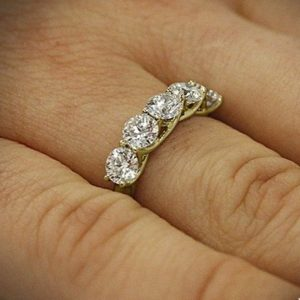 2.20 Ctw Five Stone Solitaire Diamond Classic Wedding Engagement Ring 10k Yellow Gold