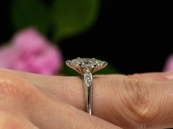 2.27 Ctw Marquise Cut Brilliant Diamond Fancy Engagement Ring 925 Sterling Silver