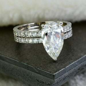3.00 Ctw Solitaire Pear Cut White Diamond Bridal Engagement Ring Set Solid 14k White Gold