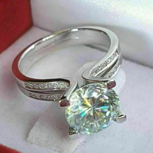 2.50 Ctw Excellent Cut Round Diamond Split Shank Engagement Ring 14k Gold Plated
