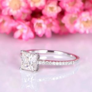 2.00 Carat Princess Cut Brilliant Diamond Solitaire With Accents Engagement Ring Solid 14k White Gold