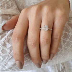 Forever 1.80 Carat Oval Cut Brilliant Diamond Solitaire With Accents Engagement Ring 14k White Gold Plated