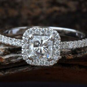 2.15 Carat Princess Cut VVS1 White Diamond Halo Engagement Ring Real 925 Sterling Silver
