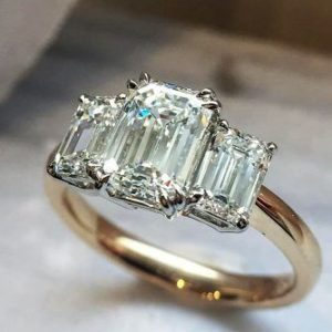 2.54 Ctw Solitaire Double 4-Prong Set Emerald Diamond 3-Stone Engagement Ring Solid 14k Yellow Gold