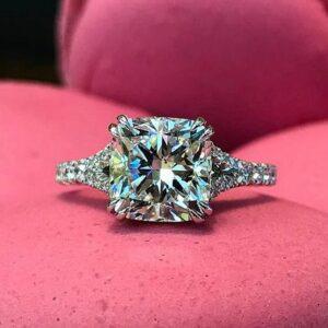 3.Carat Cushion Cut Brilliant Diamond Beautiful Engagement Ring Solid 14k White Gold